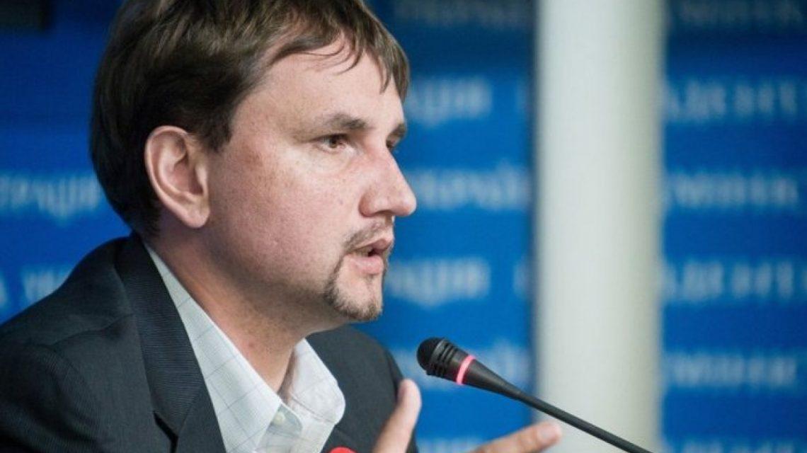 Украинцев призывают оборвать все контакты с родственниками из России
