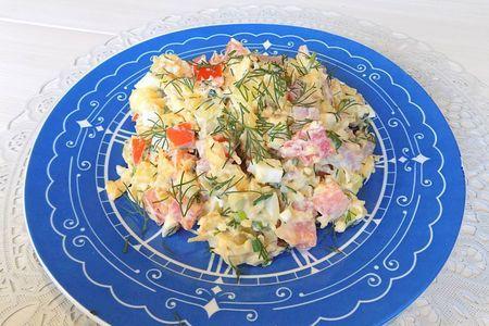 Фото к рецепту: Салат с ветчиной и сыром