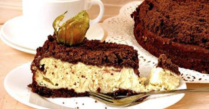 Творожно-шоколадный пирог — лакомство, которое приятно удивит тебя своим нежнейшим вкусом