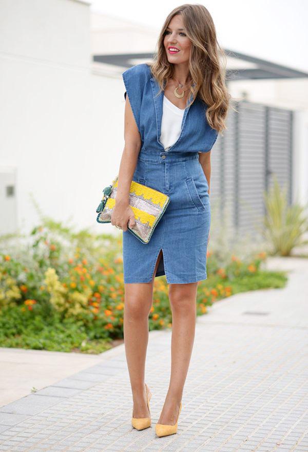 Какие джинсовые вещи должны быть в гардеробе женщины 40 лет