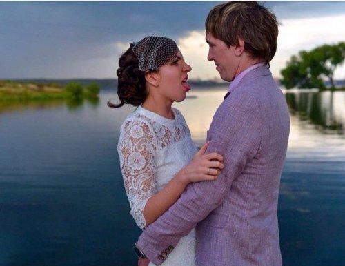 Свадебные фотоприколы и конфузы (23 фото)