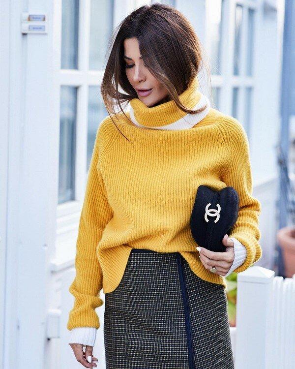 Встречаем осень: модные свитера и кофты