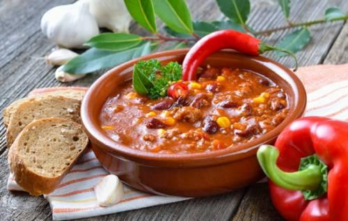 Мексиканский суп – обед будет оригинальным! Рецептуры разных мексиканских супов: с кукурузой, фасолью, фаршем, курицей, рисом