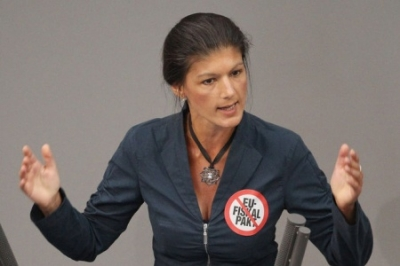Sahra Wagenknecht: false Merkel takes Obama's wishes at the expense of their own people