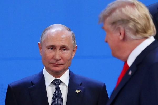 Владимир Путин игнорирует Тр…