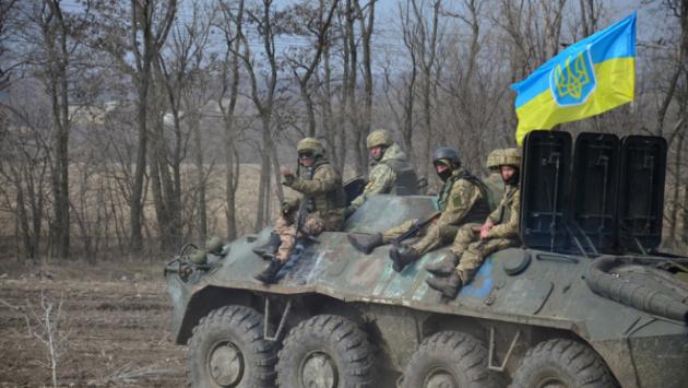 ВСУ обстреляли Донбасс, несмотря на обещанную Порошенко «тишину» к Пасхе