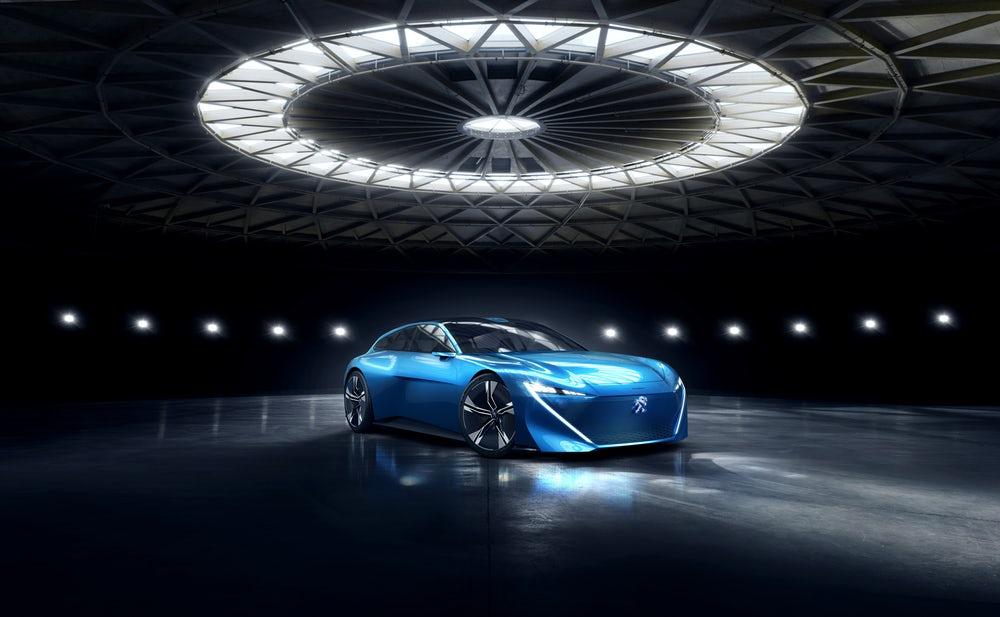 Peugeot представит автономный концепт Instinct