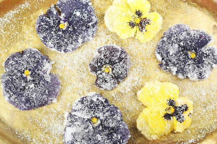Инструкция по приготовлению засахаренных цветов