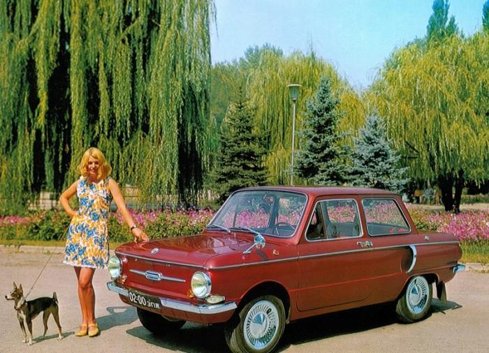 Советские автомобили на рекламных фотографиях