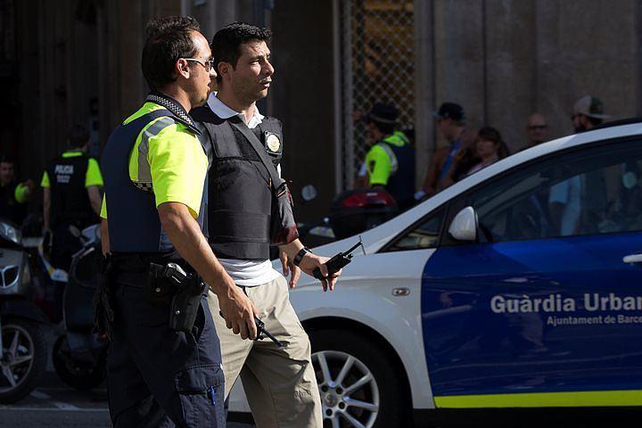 Полиция Барселоны назвала тревогу у собора Саграда Фамилия ложной