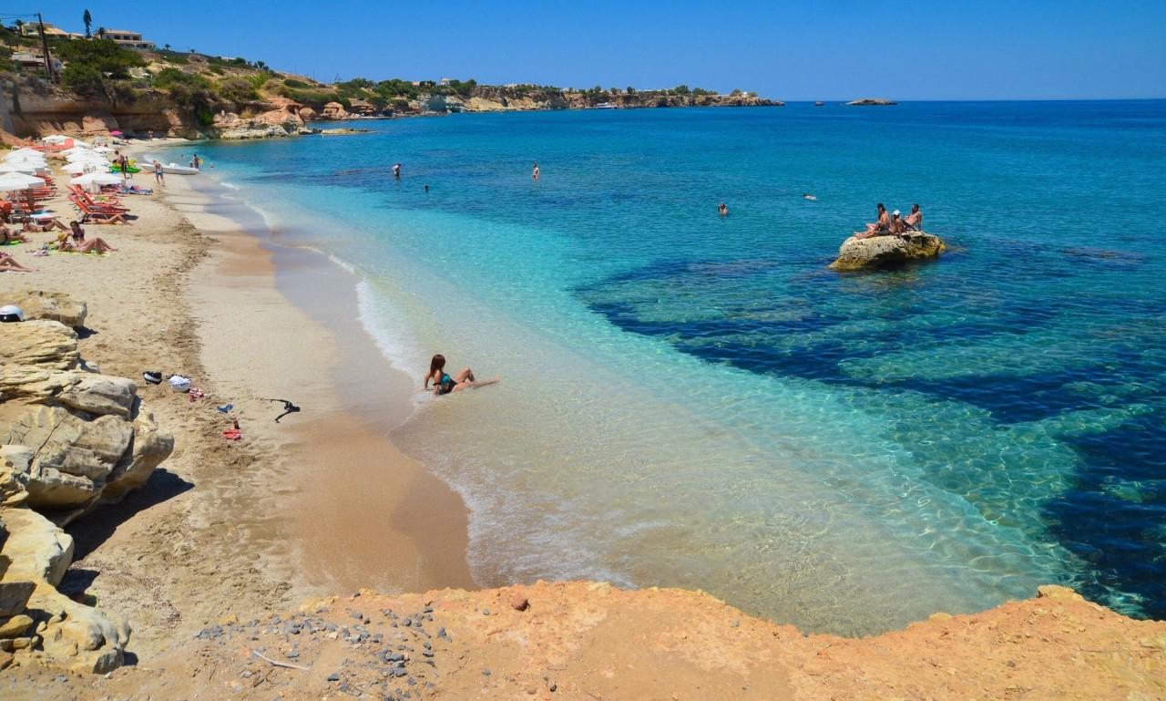 Греция начнет взимать с туристов налоги