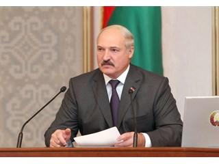 Лукашенко решил разместить у себя сирийцев, чтобы угодить Западу