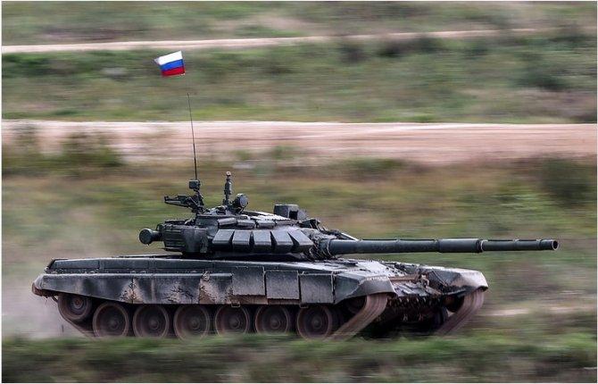 Партия танков Т-72Б3 поступила в 1-ю танковую армию на западе РФ