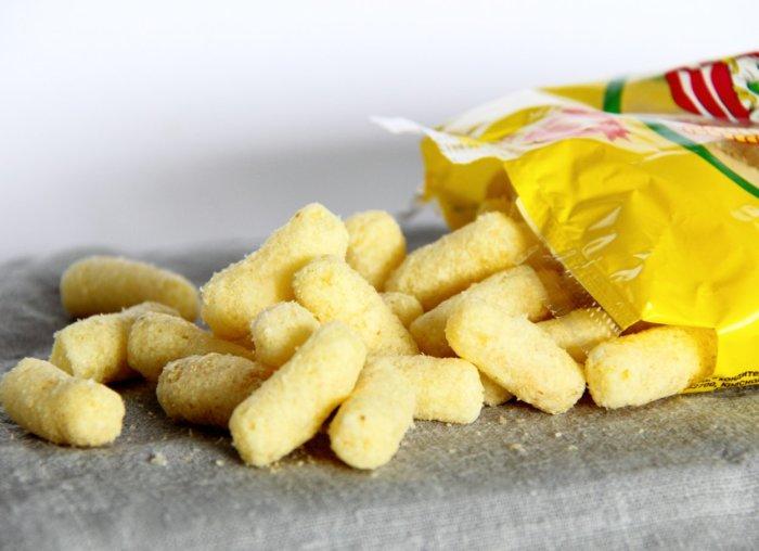 Кукурузные палочки со вкусом сыра.  Фото: google.ru.