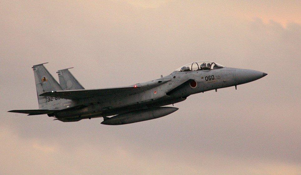 Японские истребители поднялись по тревоге из-за шести российских самолетов