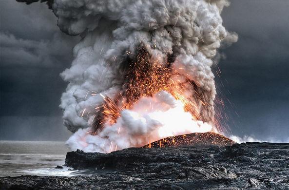 Невидимые извержения подводных вулканов предложили искать по шуму в океане