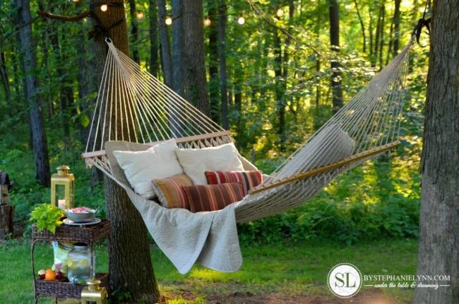 16 идей для гамака, в котором захочется остаться на все лето