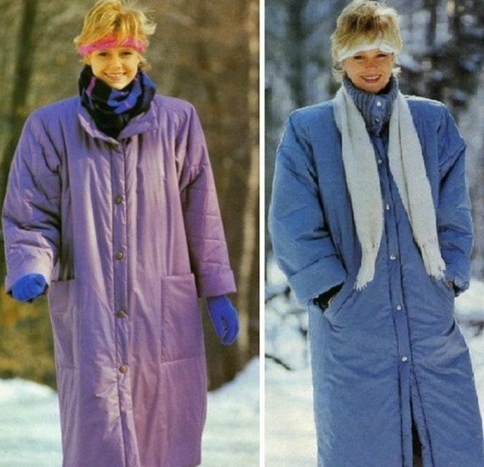 Пальто с подплечниками.