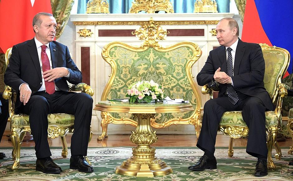 Леонид Ивашов: Эрдоган может устроить России западню