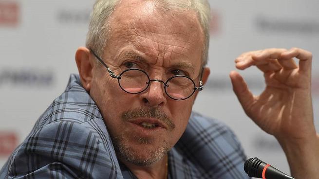 Андрей Макаревич «прогнулся под изменчивый мир»
