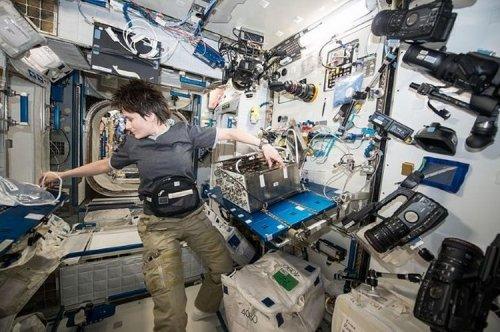 Топ-10: удивительные и жуткие вещи, происходящие с человеческим телом в космосе