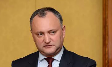 Президент Молдавии Игорь Додон отказался от участия в гей-параде