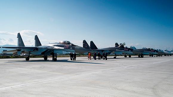 Источник: Москва поставит Пекину 10 истребителей Су-35 в 2017 году