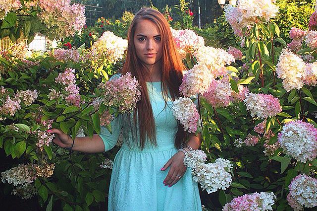 Внучка Владимира Высоцкого- очень красивая девушка