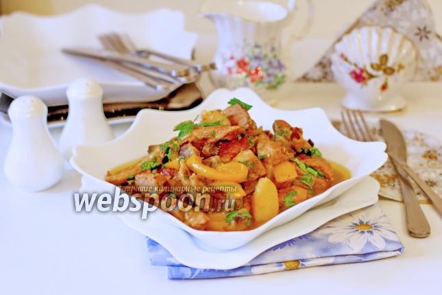 Свинина с овощами тушёная в сливках