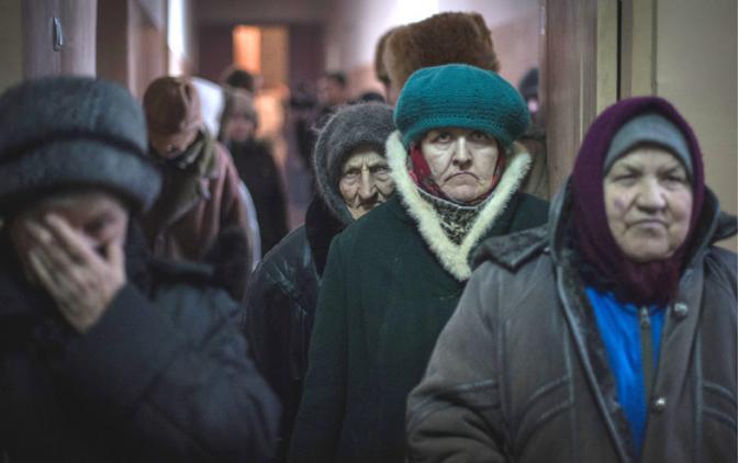 Откровения киевского пенсионера. Как живется украинским старикам, пока молодые бунтуют