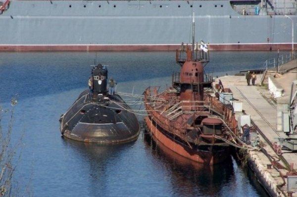 Торгово-военно-морские страдания нэньки: пиратством по металлолому