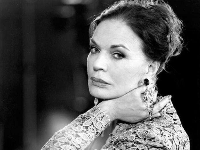«Я – ничья» — ради чего Людмила Чурсина отказалась от съемок в Голливуде и от семейного благополучия