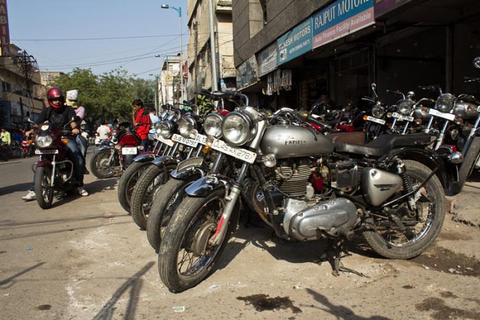 Автомобили: 10 самых популярных мотоциклов в Индии