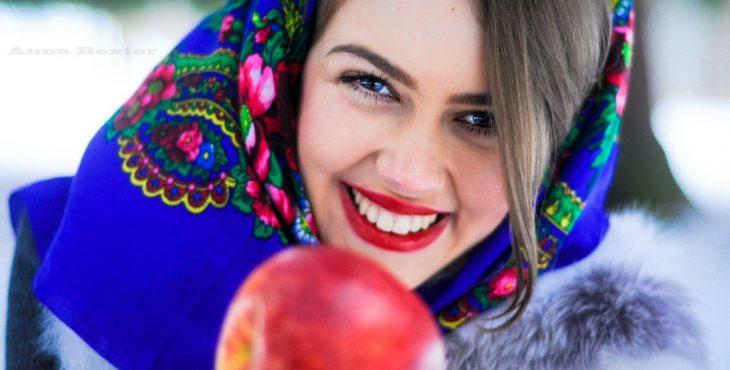 10 Вещей, которые нельзя говорить и делать в России.