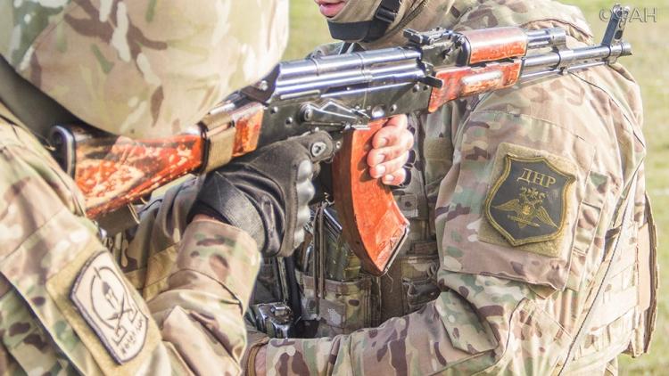 Главы ДНР и ЛНР заявили о готовности к мобилизации в случае боевых действий