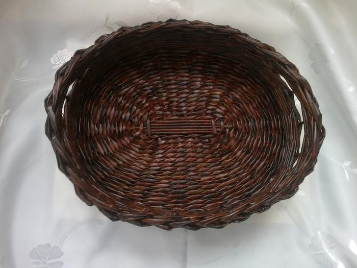 Мастер-класс по плетению корзинки из газетных трубочек (18) (700x525, 251Kb)
