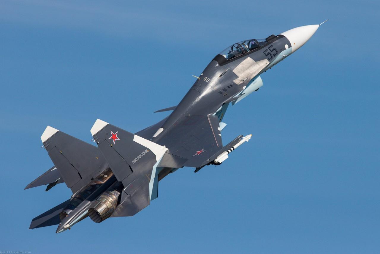 Российский летчик-испытатель, который реально воевал с НЛО на территории России