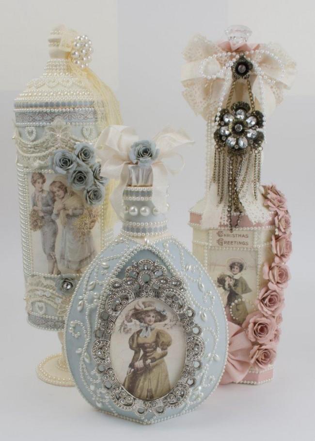 Нежные винтажные бутылки в технике декупаж с объемными декором из различных материалов