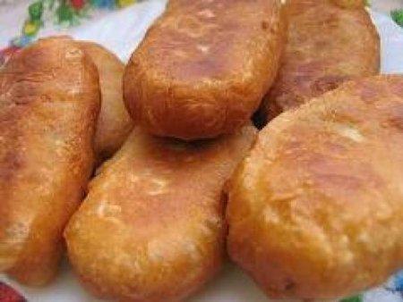 Постные жареные пирожки со свежей капустой