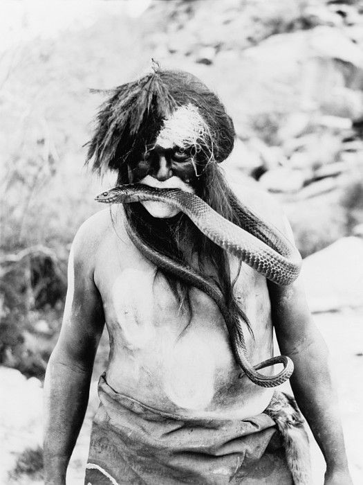 Поразительные шаманские атрибуты в исторических фотографиях