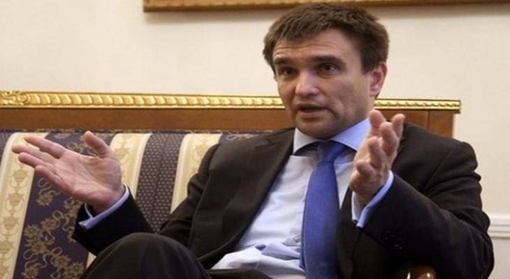Глава МИДа Украины Павел Климкин разъяснил, почему население бежит из страны