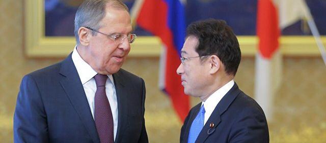 Лавров рассказал, как японцы уговаривают Украину выполнять Минск