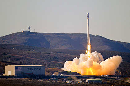 Проверка Конгресса США выявила трещины в ракетах Falcon 9