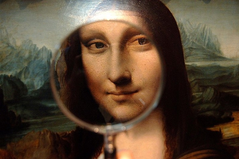 essay on mona lisa painting Leonardo dad vinci was born on april 15, 1452 in vinci, italy born out of wedlock, the love child of a respected notary and a young peasant woman, he was raised by his father, seer piper, and his stepmothers.