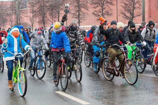 Первый велопарад 2017 года прошел в Москве в 30-градусный мороз