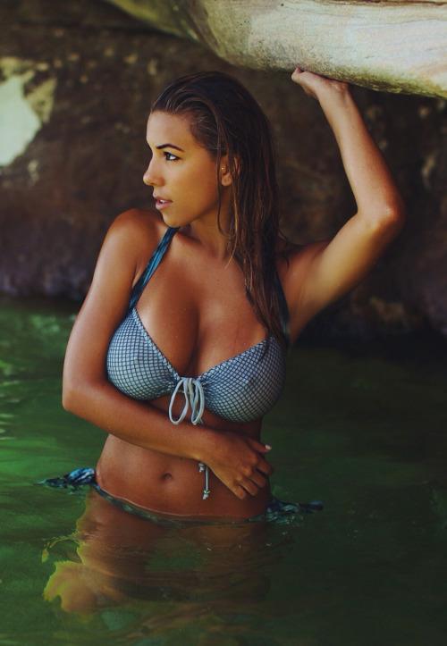 Sexy bitch with big tits
