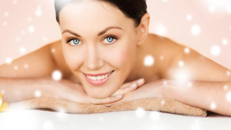 Стираем морщины: 10 лучших масок для лица с эффектом лифтинга