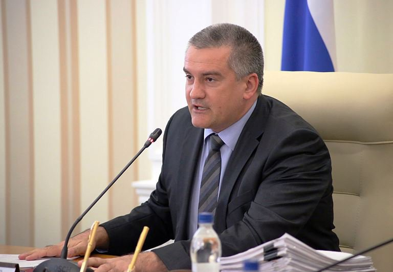 Глава Крыма отказался от ман…