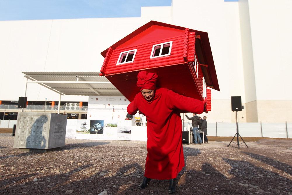 Задели за жилое: Владельцев незарегистрированных домов будут обдирать вдвойне