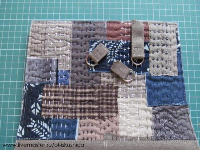Зашиваем уголки и срезаем лишнее.
